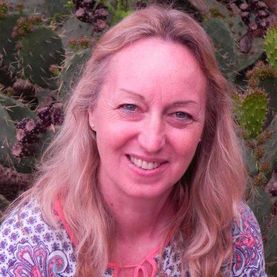 Julie Hill - Travelfinders