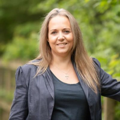 Anna Burton - Anna Burton Virtual Assistant